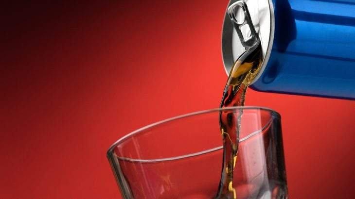 refrigerante faz mal para os ossos