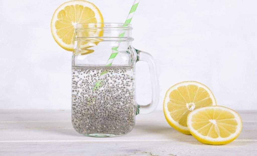 água com semente de chia