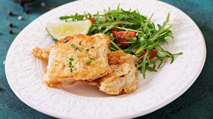 peixe com crosta de aveia