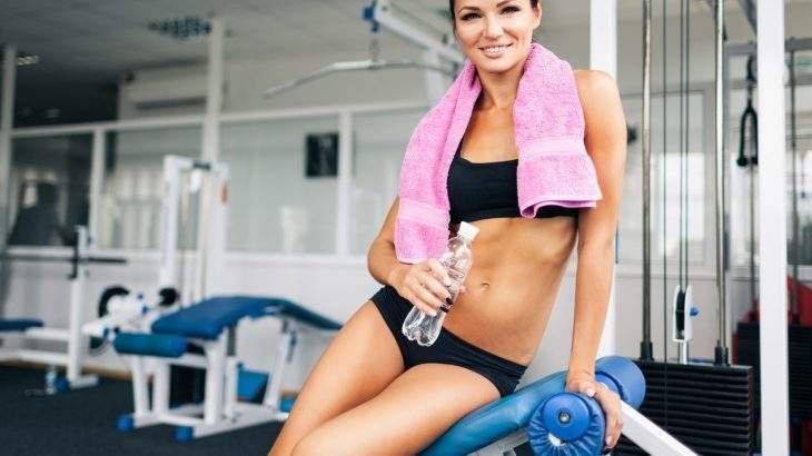 exercícios com toalha