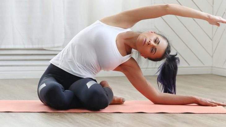 yoga para TPM