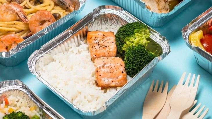 pedir delivery de comida sem sair da dieta