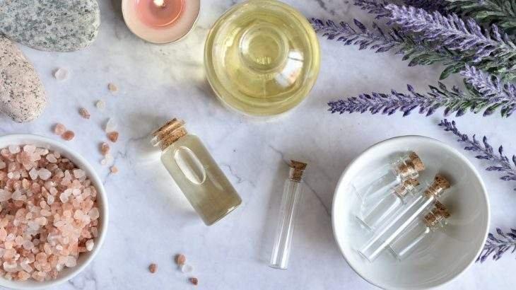 óleos essenciais para cabelo