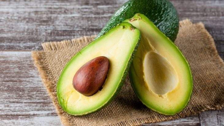 Abacate engorda